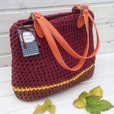 Нет в наличии! цена 2800₽ ,оочень вместительная,отлично держит форму,фурнитура класса LUX #моимируками #сумки#вяжудляВас#вяжукрючком #текстильнаяпряжа