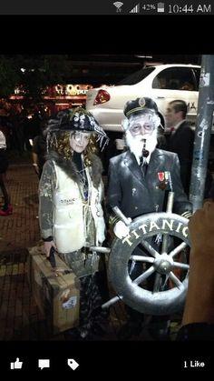 Titanic Costumes Halloween 2016, Couple Halloween, Halloween Outfits, Holidays Halloween, Halloween Decorations, Halloween Party, Halloween Costumes, Crazy Costumes, Horse Costumes