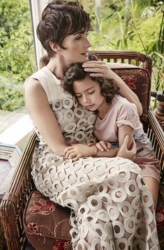Paz Vega and her daughter falda by Joshua Jordan for Yo Dona