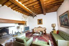 Casa do artista do renascimento Michelangelo na Toscana está a venda por U$ 8 milhões! Localizada no topo de uma montanha, a área de 1300 m² possui até uma torre do século 11. Clique na foto para ver mais!