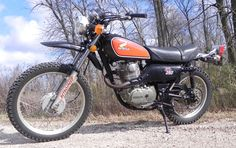 1975 Honda XL 250 One of my favourite old rides, so much fun :)