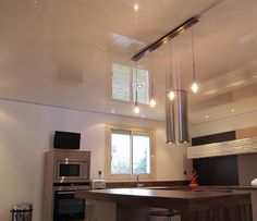 High Gloss Stretch Ceiling Used In A Kitchen Ceiling Ideas, Ceiling Lights, Track Lighting, Bar Ideas, Architecture, High Gloss, Living Rooms, Kitchen, Home Decor