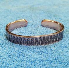 A bracelet made using 3mm Copper plate & Tig weaved over the top 👍 By @ssawbridge #weavewelding #weaveweld #jewellery #bracelet #copper #westcoweld #ukwelding #welding #weld #arczone #weldernation #weldporn #weldart