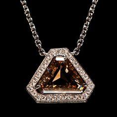 chocolate-diamond-necklace
