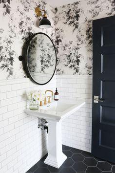 Modern Bathroom Design Tips - All About Decoration Small Bathroom Tiles, Cozy Bathroom, Bathroom Renos, Bathroom Flooring, Modern Bathroom, Bathroom Ideas, Brown Bathroom, Budget Bathroom, Small Bathroom Wallpaper