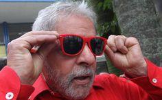 """Lula e seu velho bode. """"...com inflação alta, recessão cruel e escândalos em série, a mesma mídia é acusada de ampliar a crise e de sabotar o governo, de tentar derrubar a presidente eleita, de estimular o ódio. Os 8% que ainda aprovam Dilma devem ser os que os meios de comunicação não conseguiram enganar com suas lorotas... rsrs."""""""