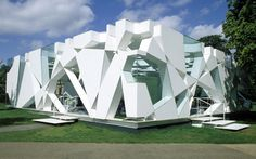 Serpentine Gallery Pavilion 2002 by Toyo Ito and Cecil Balmond, with Arup