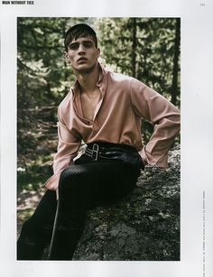 Julian Schneyder Poses in the Outdoors for Rollacoaster Editorial Man Photography, Editorial Photography, Fashion Photography, Glamour Photography, Lifestyle Photography, Editorial Hair, Editorial Fashion, Vogue Editorial, Mode Man