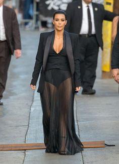 Kim Kardashian Photos - Kim Kardashian at 'Jimmy Kimmel' - Zimbio