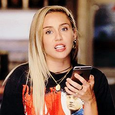 Animated gifFind images and videos about gif and miley cyrus on We Heart It - the app to get lost in what you love. Hannah Montana, Disney Channel, Miley Cyrus Gif, Lgbt, Wattpad, Ruby Rose, Smiley, Gifs, Image
