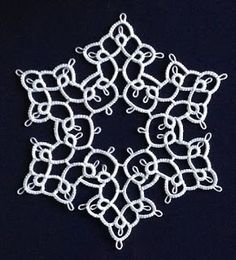 Lace, bees, and me: Tina Fraubergers' motif #53 (filigree snowflake)
