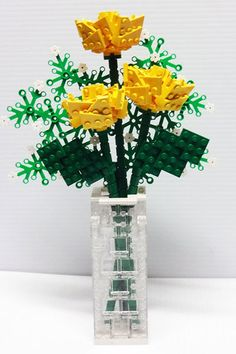 Lego bouquet - Frankie & Judith Lee, I thought of Owen when I saw this!!! Too funny, but interesting!