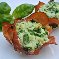 Spinach Ricotta Prosciutto Cups - A great #glutenfree holiday appetizer!