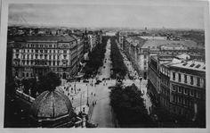 225 Wien I., Schottenring Vintage Postcards, Vienna, Paris Skyline, History, Travel, Vintage Travel Postcards, Historia, Viajes, Destinations