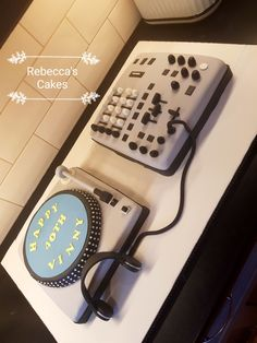 DJ themed cake Office Phone, Celebration Cakes, Themed Cakes, Power Strip, Landline Phone, Dj, Music, Shower Cakes, Theme Cakes