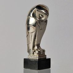 Early 20th century art deco owl by Édouard Marcel SANDOZ (hva)