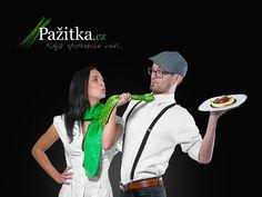 Food blogy, které budete žrát! Kam zajít na romantickou večeři? Kde dělají nejlepší panna cottu? Jak správně nakupovat bio potraviny? Tohle - a mnohem víc se dozvíte na našem blogu. Toužíte po kariéře food blogera a chcete se dostat mezi VIP pisálky na Pažitce? Kontaktujte nás. Už včera bylo pozdě!
