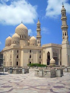 by islam. Abu'l Abbass Mosque in Alexandria, Egypt. Sacred Architecture, Beautiful Architecture, Beautiful Buildings, Islamic World, Islamic Art, Alexandria Egypt, Beautiful Mosques, Cathedral Church, Grand Mosque