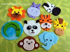 Sweet and Edible - Quality Cupcake Toppers for your special event. Safari Cupcakes, Fondant Cupcakes, Animal Cupcakes, Fondant Cupcake Toppers, Cupcake Cakes, Pink Cupcakes, Jungle Theme Birthday, 4th Birthday Cakes, Vintage Cupcake