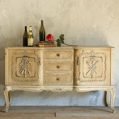 One of a Kind Vintage Sideboard Louis XV Distressed Off White via @LaylaGrayce #laylagrayce #vintage #oneofakinds