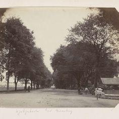 Laan bij Fort Vredeburg in Jogyakarta, anonymous, c. 1880 - c. 1900 - Rijksmuseum