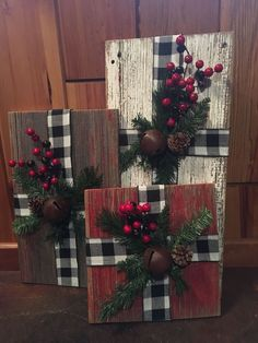 Country Christmas Decorations for Front Porch . Country Christmas Decorations for Front Porch . Christmas Wood Crafts, Farmhouse Christmas Decor, Noel Christmas, Country Christmas Decorations, Christmas Porch Ideas, Disney Christmas, Holiday Crafts, Winter Wood Crafts, Buffalo Check Christmas Decor