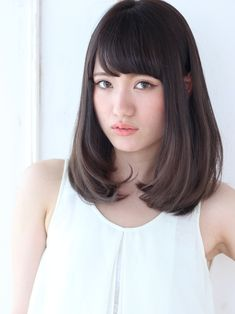 Medium length Japanese hairstyle -- Alice by afloat Cool Hairstyles For Girls, Kawaii Hairstyles, Haircuts For Long Hair, Permed Hairstyles, Men Hairstyles, Middle Hair Cut, Medium Hair Styles, Short Hair Styles, About Hair