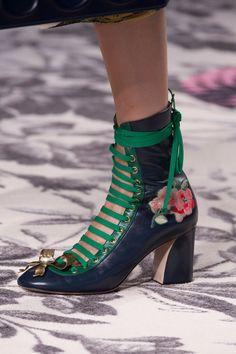 Gucci at Milan Spring 2016 (Details)