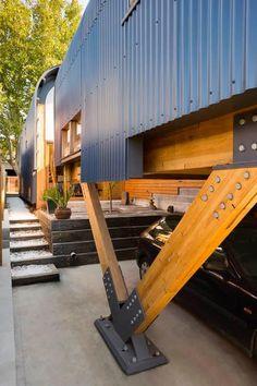 Kensington Lighthouse by Tandem Design Studio (Melbourne, Australia) //: