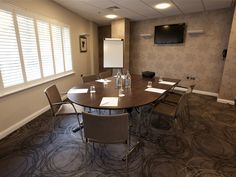 Holiday Inn Express Manchester Conference Room