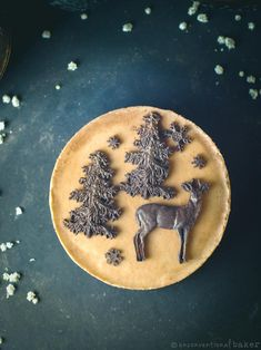 Vegan Orange Gingerbread Cheesecake #veganrecipes #glutenfreerecipes #rawvegan #cheesecake