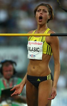 Blanka Vlasic of Croatia celebrates victory in the Women's High Jump during the IAAF Golden League Bislett Games on July 3 2008 in Oslo Norway Yoga Fitness, Homo, Long Jump, Beautiful Athletes, Cardio Training, Athletic Girls, Olympic Athletes, Sport Icon, Sporty Girls