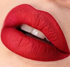 wish i knew what color this was. any help will be greatly appreciated: check the link and leave info in the comments if you know :-) thanks Lipstick Shades, Lipstick Colors, Makeup Lipstick, Red Lipsticks, Lip Colors, Dark Red Lips, Glossy Lips, Lovely Eyes, Beautiful Lips