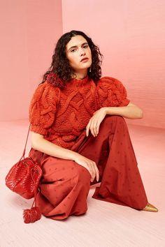 Ulla Johnson Resort 2019 Fashion Show Collection: See the complete Ulla Johnson Resort 2019 collection. Look 33