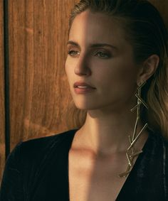 """""""lalignenyc La Ligne + Jennifer Fisher + collarbone + Dianna Agron = 😍🙏🏼🙌🏼🤤 Our first entrée into jewelry via our beautiful bande member is available now, exclusively on. Prettiest Actresses, Beautiful Actresses, Diana Argon, Taurus, Gemma Christina Arterton, Quinn Fabray, The Family Stone, Danielle Panabaker, Glee Cast"""