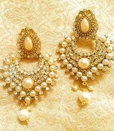 Shop Lalso Designer Stylish Dangler Drop White Pearl Diamond Earrings For Wedding, Party, Gift, Diwali - by Lalso Lifestyle online. Largest collection of Latest Earrings online. Pearl And Diamond Earrings, Diamond Earing, Pearl Diamond, Gold Hoop Earrings, Drop Earrings, Pearl Necklace, Saree Accessories, Imitation Jewelry, Wedding Jewelry Sets