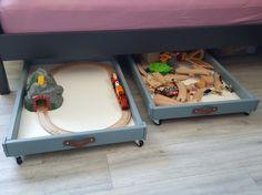 IKEA hack - sniglar toy box and bed buddy