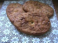 COVAZZEDDA 'E GELDA : focaccia di pasta di grano duro, lasciata lievitare lavorata e mischiata a sugne di maiale.