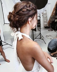 Idée Coiffure : 23 Most Stylish Homecoming Hairstyles Braided Bun Hairstyles, Pretty Hairstyles, Braided Updo, Messy Updo, Bun Braid, Hairstyle Short, Natural Hairstyles, Hairstyle Ideas, Amazing Hairstyles