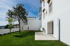 The phenomenal renovation of a historic house in Coimbra / Jorge Teixeira Dias - 谷德设计网