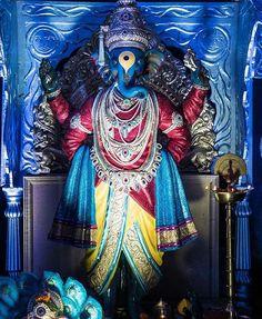 The Gandhi nagar worli pandal is based on the vitthal idol at pandharpur. The craftsmanship of the idol is excellent Jai Ganesh, Ganesh Idol, Shree Ganesh, Lord Ganesha, Shivaji Maharaj Painting, Ganpati Picture, Ganesh Wallpaper, Ganpati Bappa, God Pictures