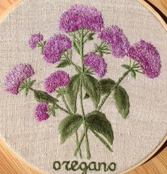 Hand Embroidery Projects, Hand Embroidery Art, Silk Ribbon Embroidery, Embroidery Techniques, Embroidery Stitches, Embroidery Patterns, Machine Embroidery, Knitting Patterns, Brazilian Embroidery