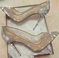 30bba17c3e 101 najlepších obrázkov z nástenky Svadobné topánky