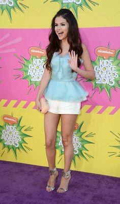 2013 Kids Choice Awards: Selena Gomez Wins Big In Oscar De La Renta!
