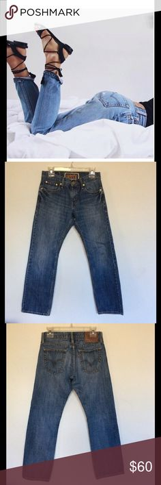 """Vintage Levi's Straight Leg jeans Broken in Levi's 514 slim straight leg jeans. Size 29/30 9"""" rise 29.5"""" inseam and 15"""" waist (30"""") perfect length to make chic ankle/cuffed jeans. Fit like the 501 with a slimmer leg and a zip fly. Perfect jeans to rock this season, fits me and I'm a size 27 in most jeans Levi's Jeans Straight Leg"""