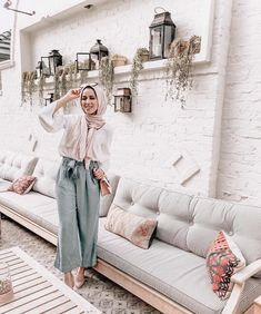 pastel hijab look-Modest and colorful hijab outfit… Modest Fashion Hijab, Hijab Chic, Muslim Fashion, Hijab Outfit, Hijab Dress, Mode Outfits, Fashion Outfits, Women's Fashion, Hijab Look