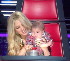 SHAKIRA the voice with her son!