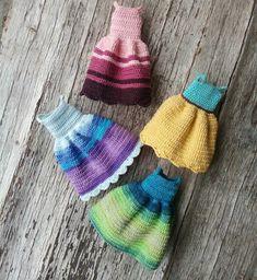 16 отметок «Нравится», 2 комментариев — Natalie Pitalenko (@little_cute_things_by_nat) в Instagram: «Dollies' dresses)) #crochetdoll #nwd #best_hm_world #handmadetoy #handmadedoll #villy_vanilly_shop…»