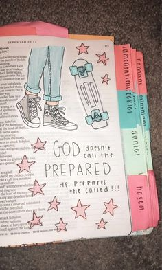Bible Encouragement, Bible Art, Bible Verses Quotes, Bible Drawing, Bible Doodling, Bible Study Notebook, Bible Study Journal, Cute Bibles, Bibel Journal