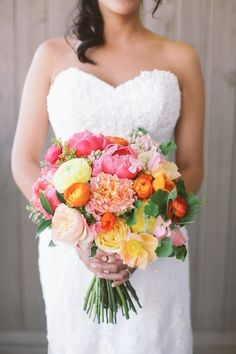 bright and colorful wedding bouquet #bouquet